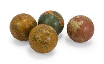 Imax 5555 4 Antique Finish Globe 4 Spheres Set of 4 0